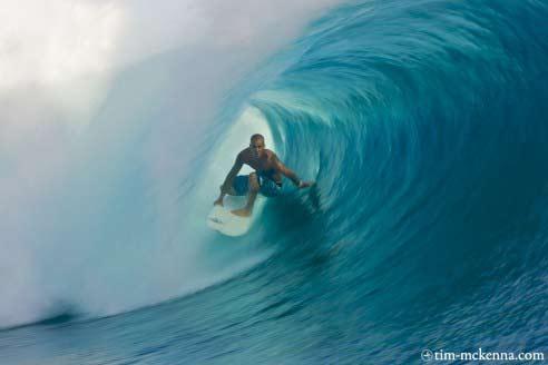 teiva surfing